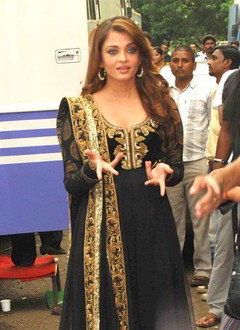 Aishwarya Rai Salwar Kameez