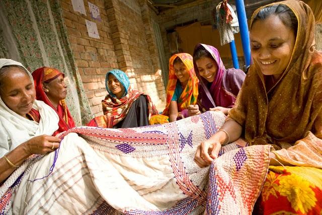 kantha craftswomen