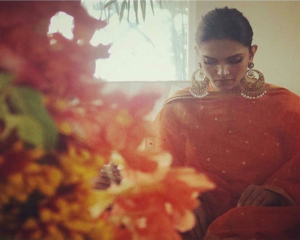 deepika-padukone-s-pre-wedding-celebrations-begin-with-puja-2018-11-02